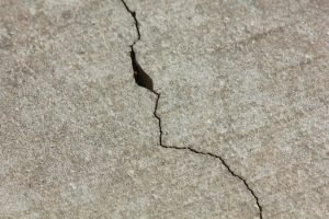 cracks in fresh concrete